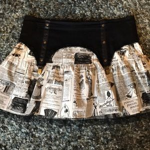EUC PRINTED SKIRT WITH VINTAGE FLARE & TULLE.